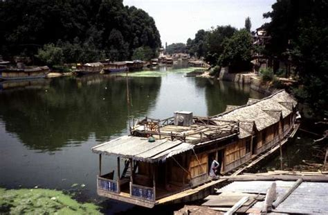house boat of kashmir photo of india kashmir srinagar house boats in a