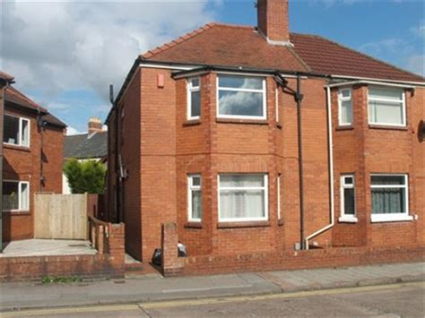 3 bedroom house cardiff 3 bedroom semi detached house to rent in wyeverne road cathays cardiff cf24
