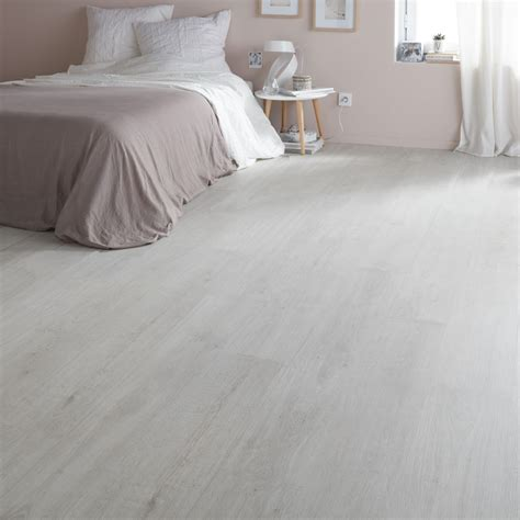 geelong grey oak effect laminate flooring   pack