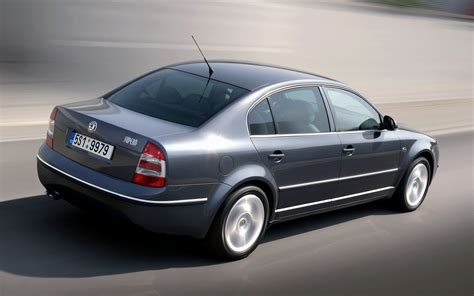 skoda superb wallpapers skoda superb 2006 wallpapers and hd images car pixel
