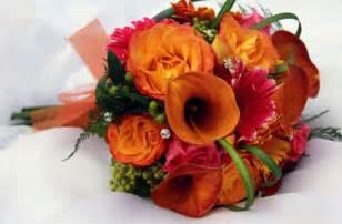 fall flowers wedding seasonal guide to autumn wedding flowers confetti co uk
