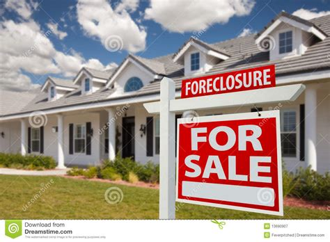 foreclosure real estate sign and house right royalty