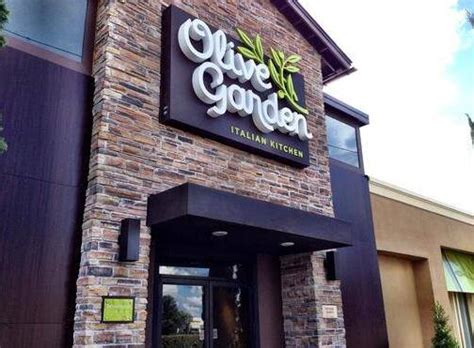 Olive Garden Philadelphia Pa by Philly S Daroff To Redesign 800 Olive Gardens