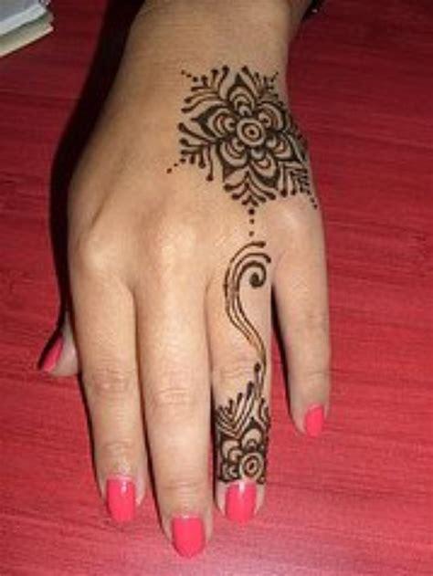 henna tattoo tribal designs cross best 10 cross tattoos ideas on