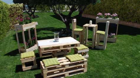 mobili con pedane mobili con pedane idee per arredare la casa con i pallet