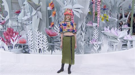Nisha Moda 01 peep the chanel summer 2015 haute couture collection the source