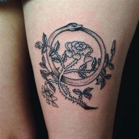 tattoo of ouroboros tatuering pinterest