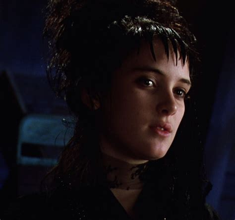 lydia deetz hairstyle lydia deetz in beetlejuice the most goth movie