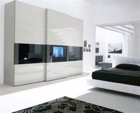 moderner kleiderschrank ein moderner kleiderschrank in ihrem schlafzimmer 15