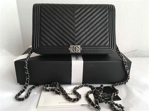 Harga Chanel Boy Wallet On Chain auth bnib chanel boy woc black chevron wallet on a chain