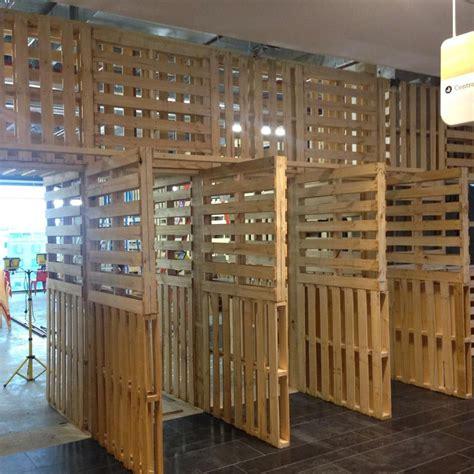 clever  pallets bigger  stalls  barn