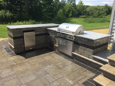 outdoor kitchen contractor baron landscaping 187 cleveland patio contractor cleveland