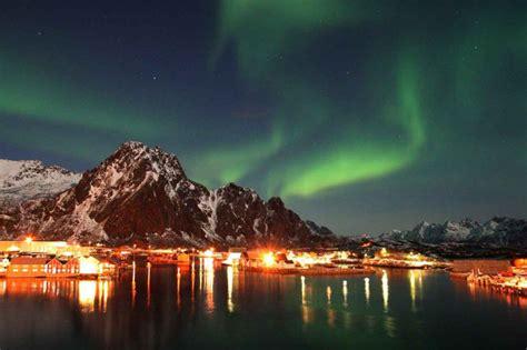 hurtigruten excursions northern lights hurtigruten scenic travel