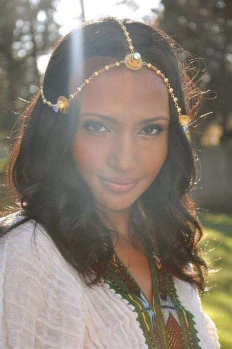 habesha eritrean and ethiopian girl pretty girl in traditional eritrean ethiopian dress and