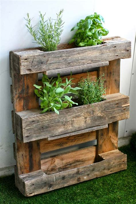 Herb Planter Box Ideas by Pallet Project Ideas For Fall Pioneer Settler