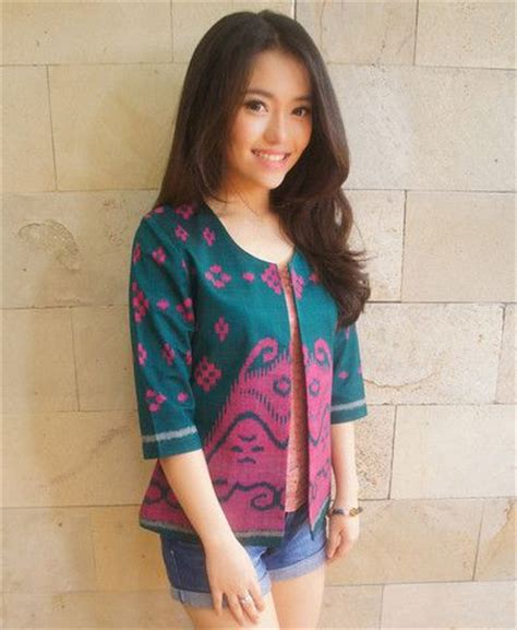 Nagita Tosca Dress Wanita 54 best images about blazer batik on batik blazer stripe blazer and quilted jacket