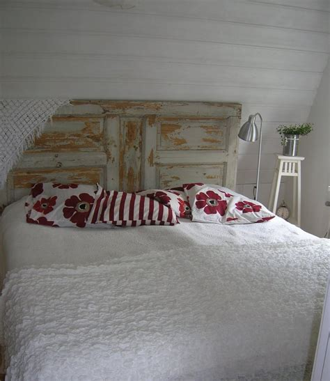 Antique Door Headboard Ideas by Best 25 Antique Door Headboards Ideas On Door
