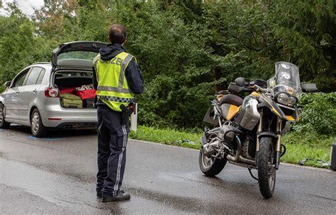 Unfall Motorrad Tirol by T 246 Dlicher Motorradunfall Bei Mutters Tirol Orf At