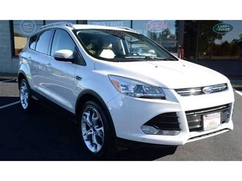 Ford Suvs Usa by 2014 Ford Escape Awd Titanium 4dr Suv 4 New Tires Suvs