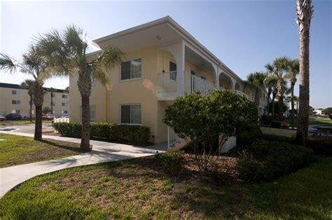 snell isle luxury waterfront apartment homes snell isle luxury waterfront apartments st petersburg