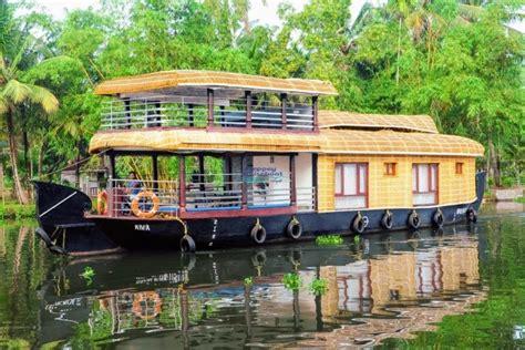 upper deck houseboat 2 bedroom premium houseboat with upperdeck alleppey