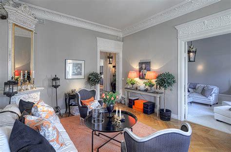 Orange And Grey Living Room by Le Classique 224 La Su 233 Doise Planete Deco A Homes World