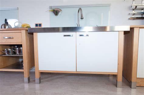 ikea küche aufbauen k 252 chenschrank ikea anleitung rheumri