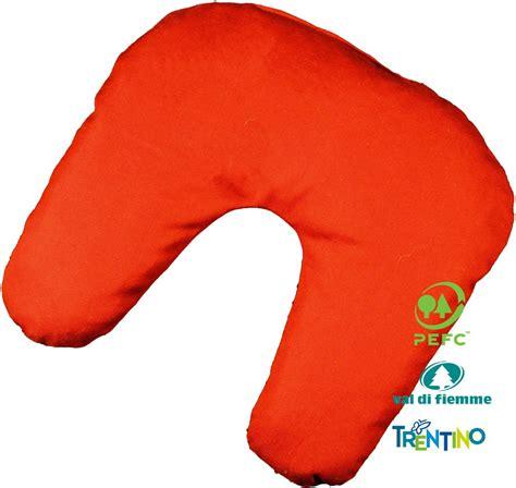 cuscini di miglio cuscino per ciambella in cirmolo e di miglio