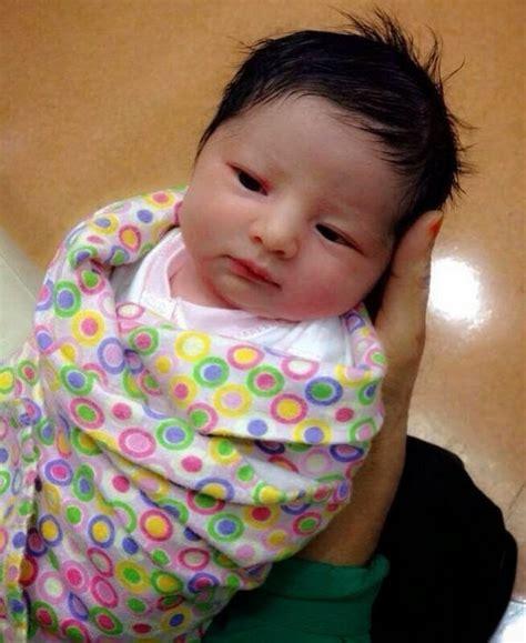 Baju Bayi Baru Lahir Lucu koleksi foto lucu dan imut bayi baru lahir perlengkapan