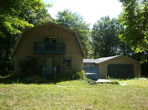 houses for sale belleville mi 22765 carleton west rd belleville mi 48111 foreclosed home information foreclosure