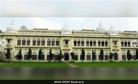 Lucknow Mba by Lucknow Begins Application Process For Mba