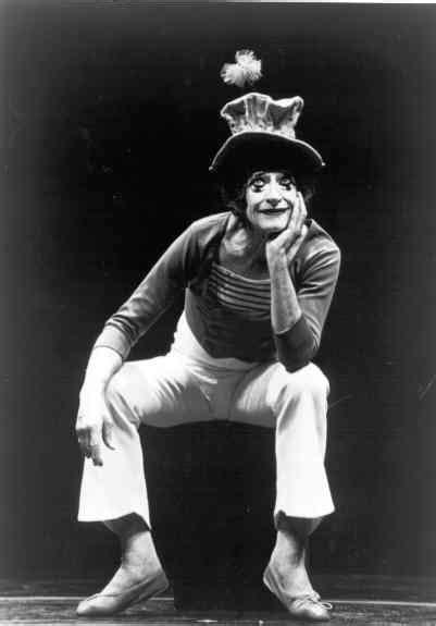 Marcel Marceau: El maestro del silencio, un mimo