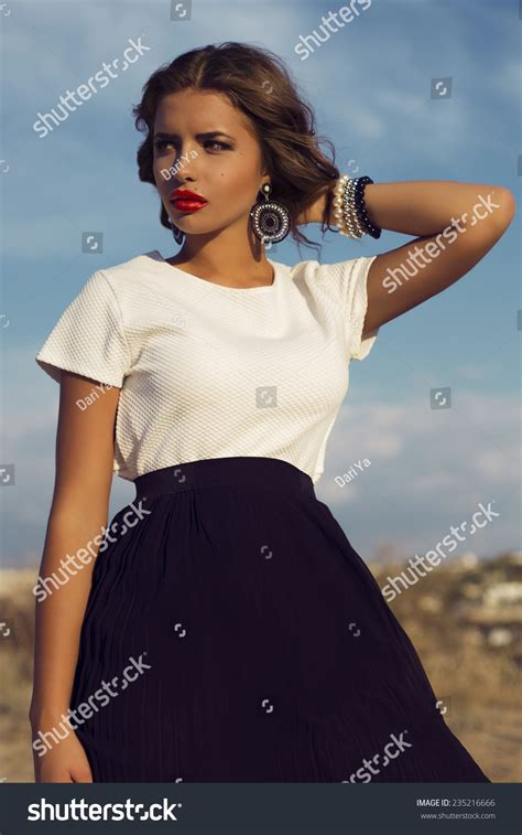 italian shorthairwomen outdoor fashion photo beautiful italian woman stock photo