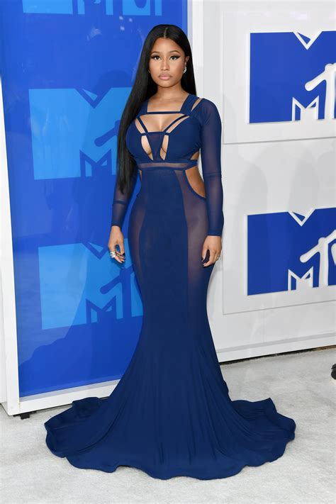 mtv vmas red carpet show to live stream virtual reality vma 2016 fashion live from the red carpet vogue