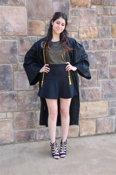 college graduation outfits  arent dresses