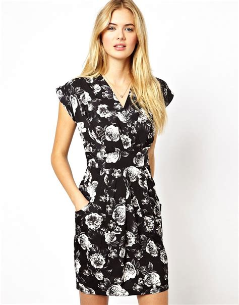 Closet Tulip Dress by Closet Closet Wrap Front Tulip Dress In Monochrome Floral Print At Asos