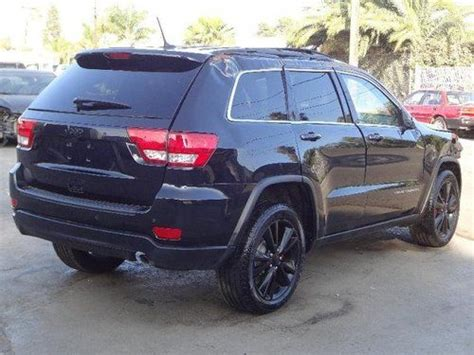 wrecked black jeep grand find used 2012 jeep grand laredo damaged salvage