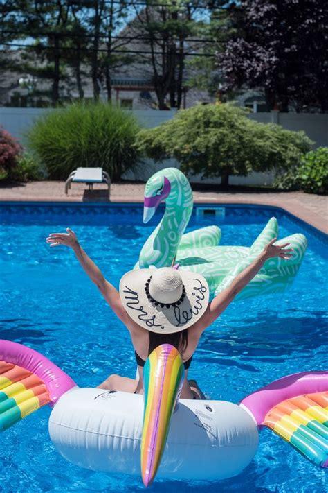 fun summer bachelorette pool party trueblu bridesmaid