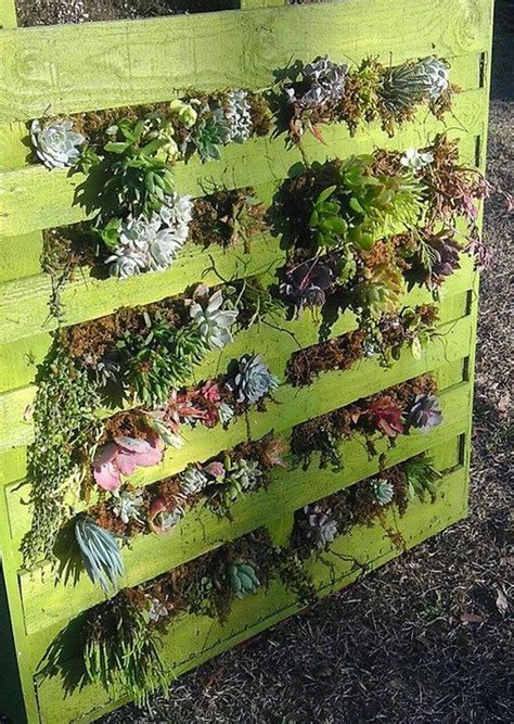 wooden pallet vertical garden diy pallet vertical garden projects pallet wood projects