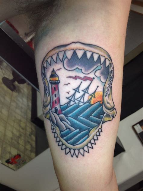 shark jaw tattoo tattoos shark tattoos ilustraci 243 n shark jaw