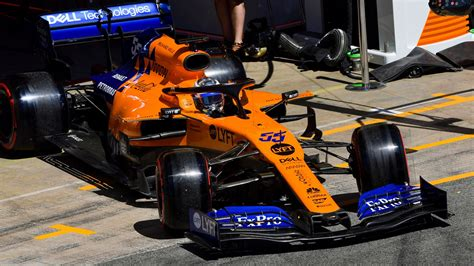 mclaren  focus   downforce    car