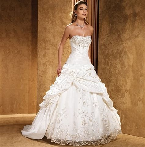 wedding styles picking your wedding color all about bedazzled sweetheart wedding dress ballroom style
