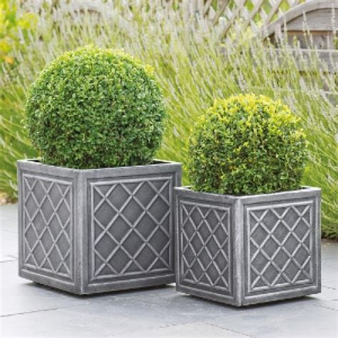 Cheap Garden Planters Uk by Buy Cheap Garden Planters Planters In Essex