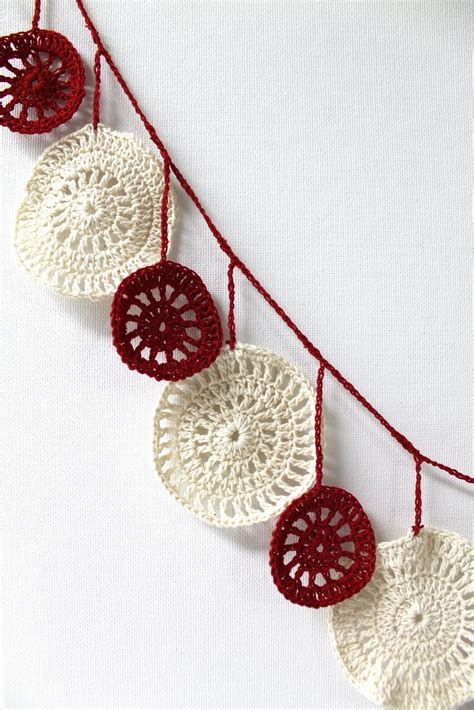 crocheted christmas tree garland ideas 114 best ideas about crochet banners garlands on free pattern garland