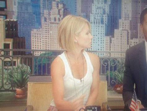 how to get hair like kelly ripa kelly ripa just debuted a new haircut on live you like