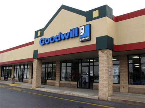 Goodwill Background Check Goodwill Store Donation Center 6033 Allentown Blvd Harrisburg Pa 17112