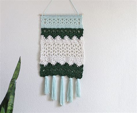 wall hanging craft for diy wall hanging crochet pattern consumer crafts
