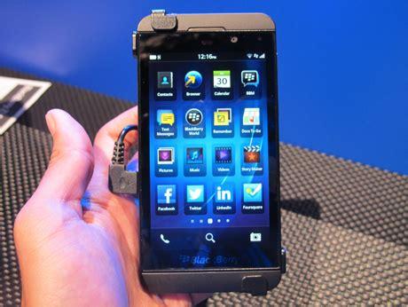 Hp Iphone 5 Bm versi bm blackberry z10 lebih mahal ketimbang iphone 5