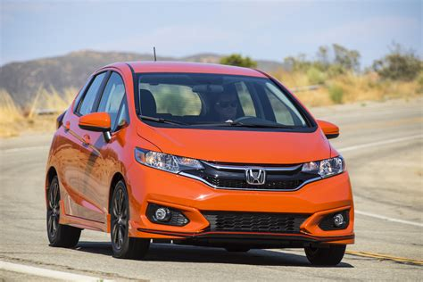 new honda fit 2018 2018 honda fit new tech retains heritage review the