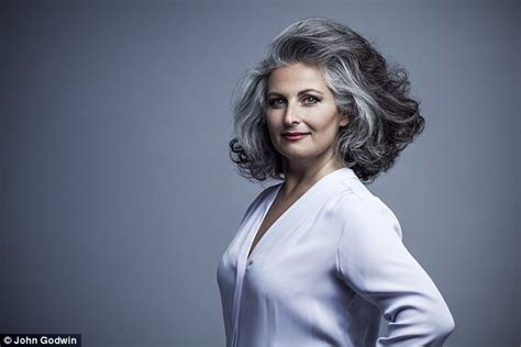 women in their 30s with gray hair simonetta wenkert is proof going grey can make you look
